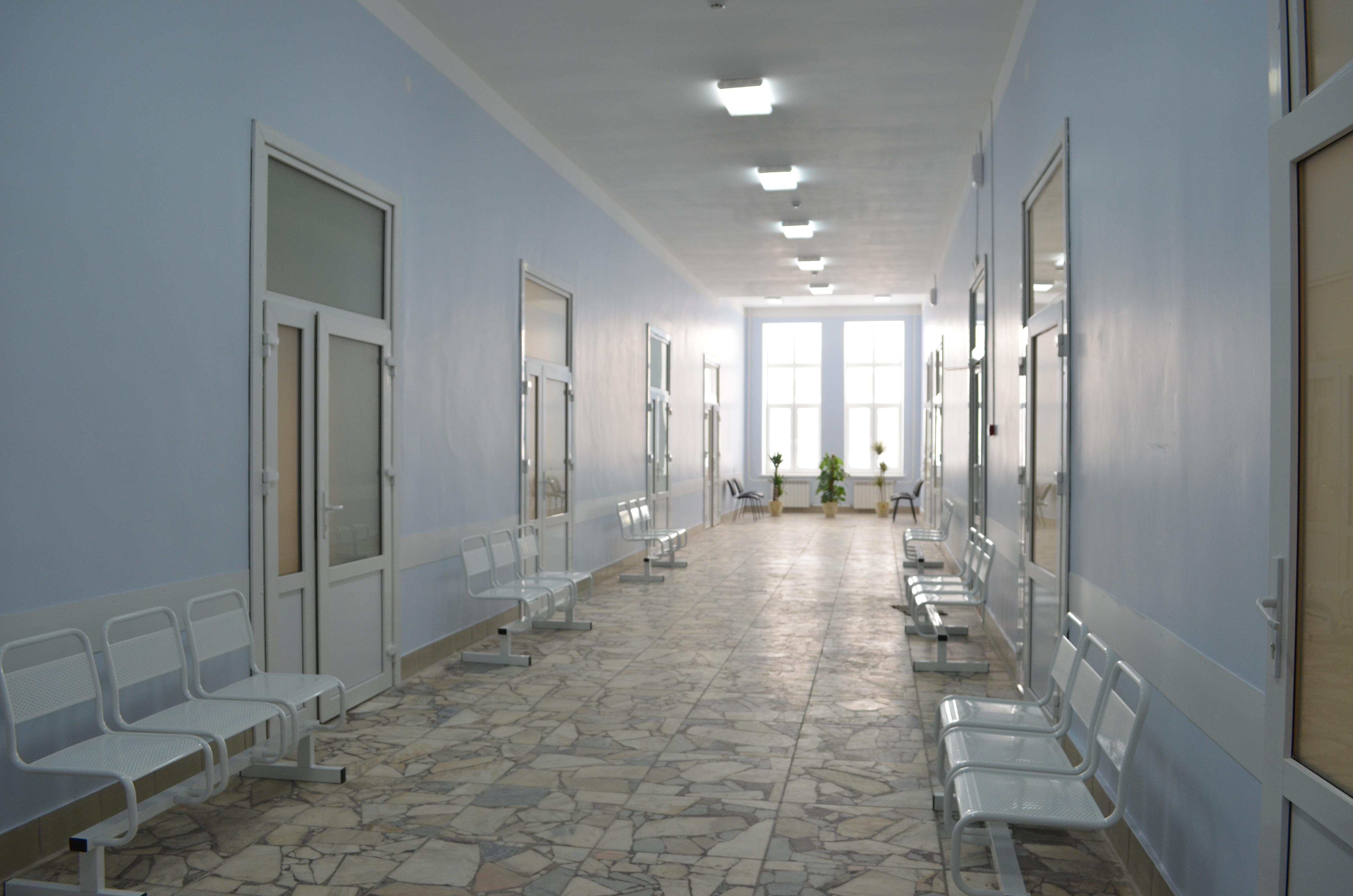 Оператор колл центра медицинского центра